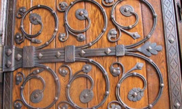 14537-chapel_doors-thumb-300x168-14536.jpg