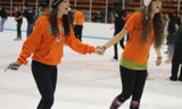 7417-skating2-thumb-160x240-7416.jpg