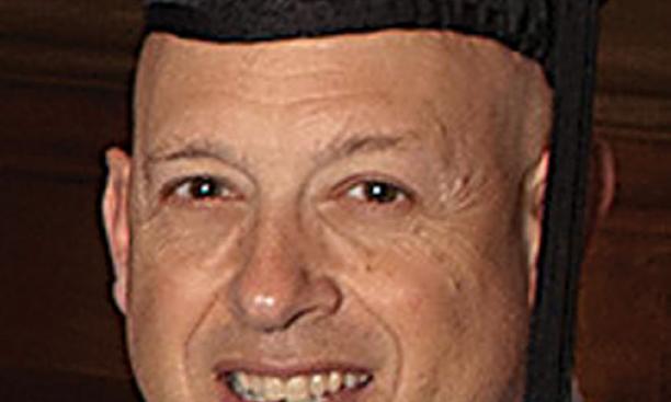 Daniel Kaplan *82