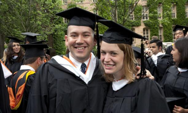 Dan Korn '09 and Jackie Bello '09.