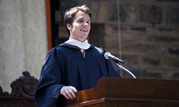 Valedictorian Holger Staude '09 speaks to the gathering.