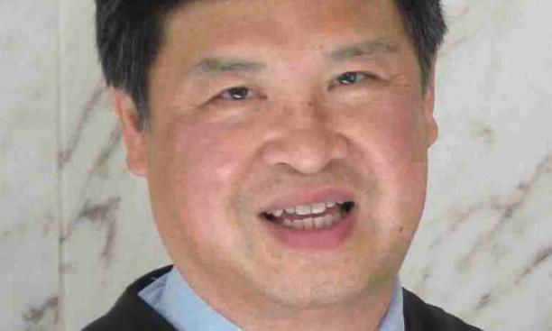 Denny Chin '75