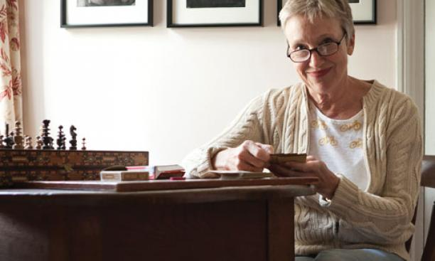 Sherry Lefevre '74 in her summer house on Nantucket that she furnished with items she found trolling eBay.