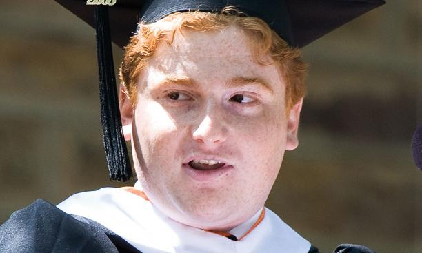 Valedictorian Zachary Squire '08