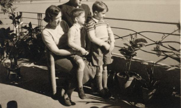 Bill and Mary Jo Lakeland and their children on their balcony overlooking the Nile, where they often entertained Nasser in the early 1950s.