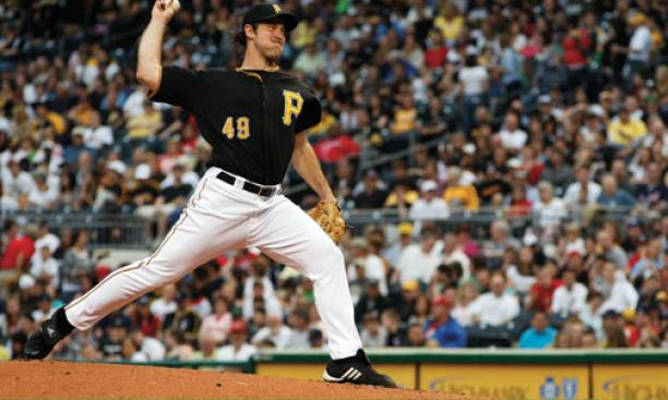 Ross Ohlendorf '05 of the Pittsburgh Pirates pitches against the Atlanta Braves May 21 at PNC Park. Despite his efforts, the Pirates lost.