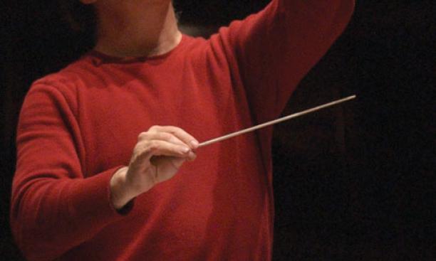 Michael Pratt conducts the Princeton University Orchestra.
