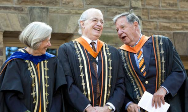 Sharing a lighter moment at the installation were former Princeton presidents Shirley Tilghman, Harold Shapiro *64, and William Bowen *58.