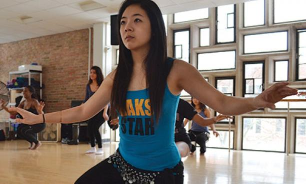 Michelle Park '16 leads a belly-dance session.