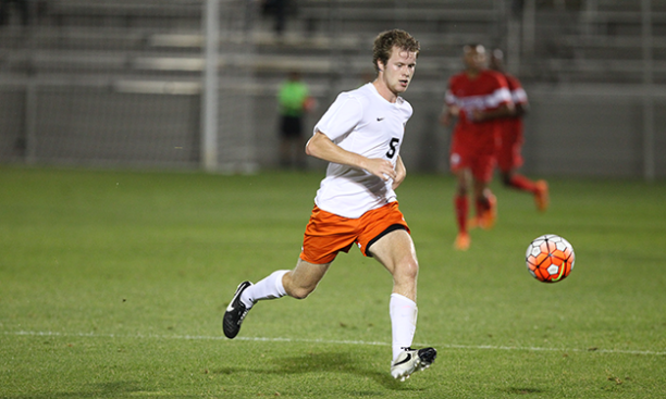 Daniel Bowkett '18 in action against American earlier this season. (Beverly Schaefer)