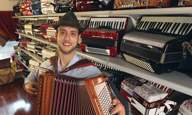 Liberty Bellows, an accordion store in downtown Philadelphia, is the brainchild of Mike Bulboff '02.