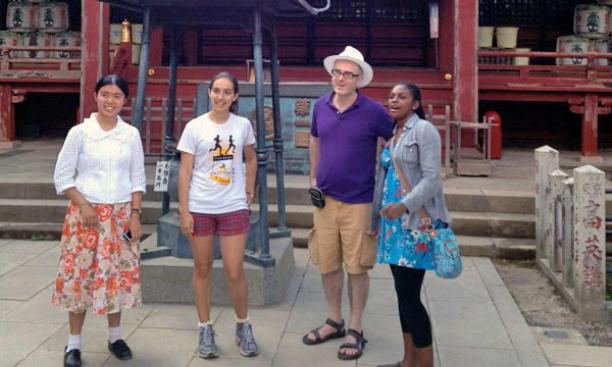 Professor David Leheny with students at a shrine atop Mount Takao in Tokyo.