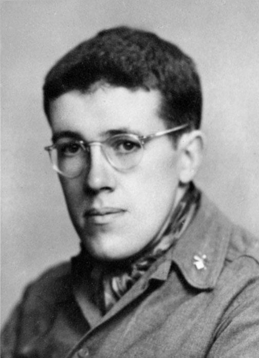 Fred Fox '39, in uniform.