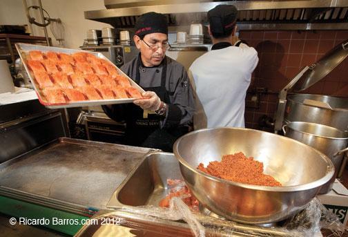 Luis Mendoza, cook, Dining Services