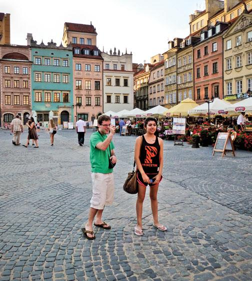 Ben Goldman '15 and Stacey Menjivar '14 snap photos in the Old Town of Warsaw.