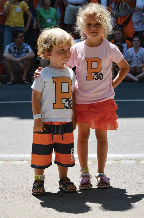 READERS' CHOICE This photo of Everett and Violet Dutton, ­captured by proud dad Peter, received 48 likes in our Facebook gallery.