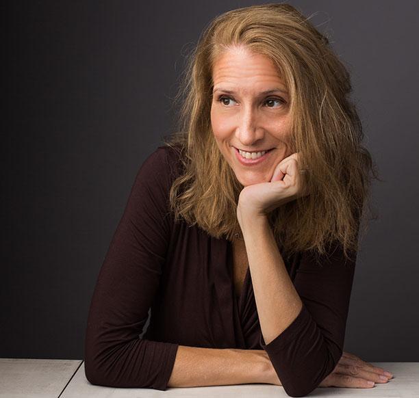 Amherst College psychology professor Catherine Sanderson *97