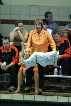 Women's swimming coach Susan Teeter in 2003. (Beverly Schaefer)