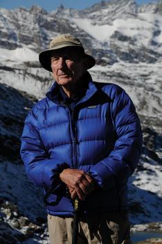 Jonathan Calvert '53